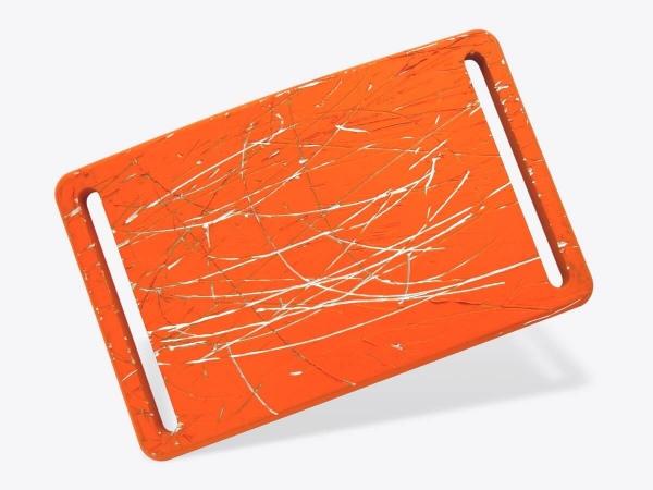 Schnalle M orange zerkratzt